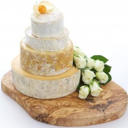 Gloucester Wedding Cheese Cake CC2
