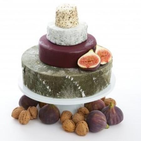 Friesian Wedding Cheese Cake Ref CC3